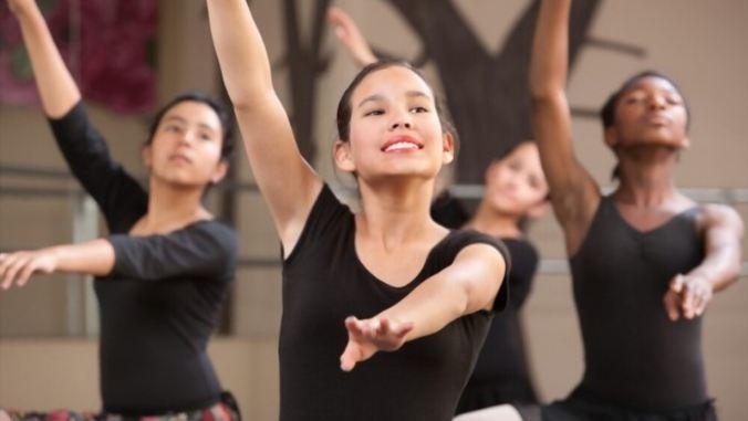 student-young-lady-dance-toptipsforher.com